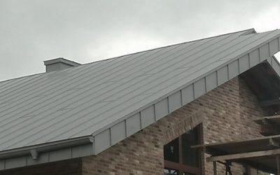 Pokrycie dachu –  blacha tytan cynk Quartz profilowana na rąbek podwójny