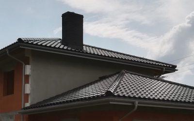 Titania dachówka ceramiczna w kolorze czarnej glazury – dach  w Sobolewie