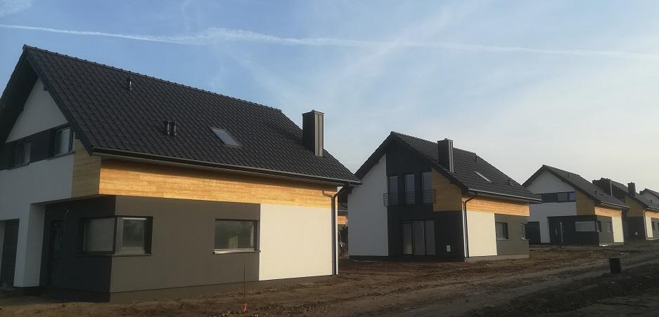 Osiedle Zacisze w Choroszczy z Dachami Od Nexmar – Dachówka Roben Piemont
